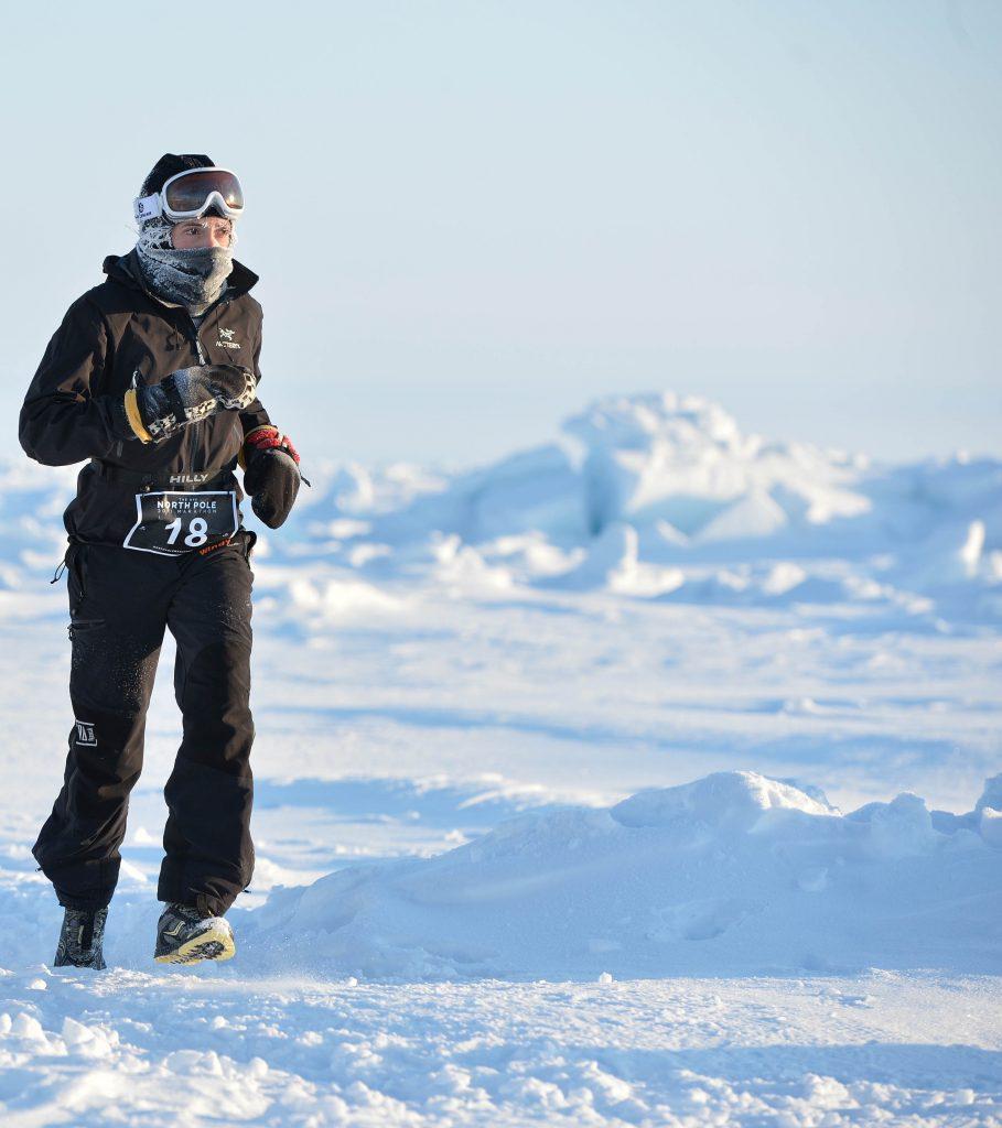 Stéphanie Gicquel court sur la neige