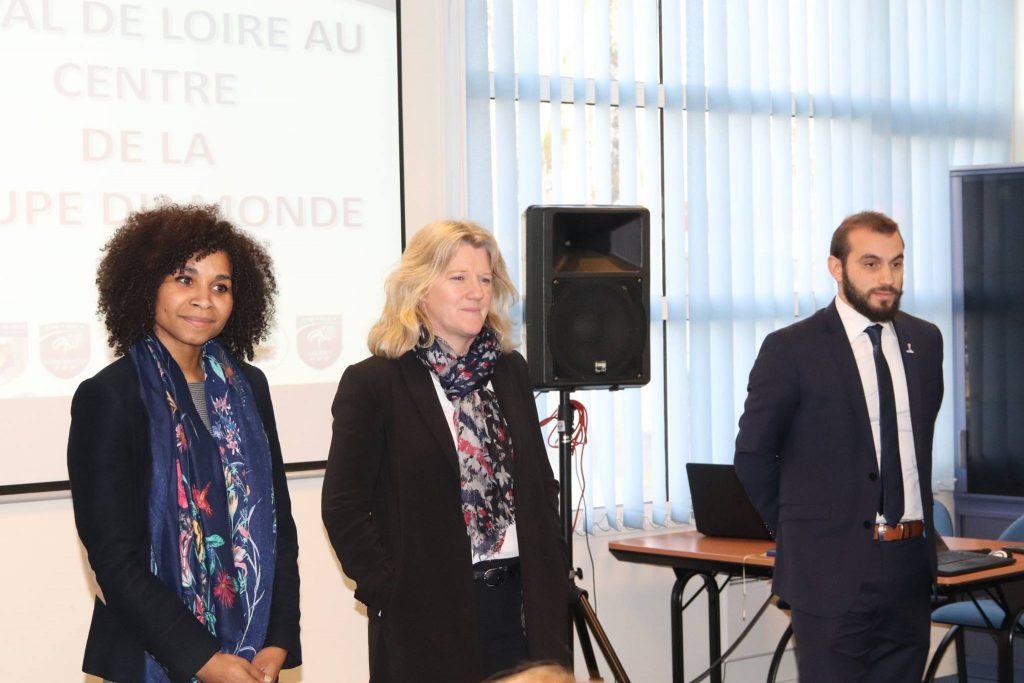 Brigitte Henriques (vice-Présidente de la FFF) et Laura Georges (Secrétaire Générale) lors d'une présentation de la région centre val de Loire