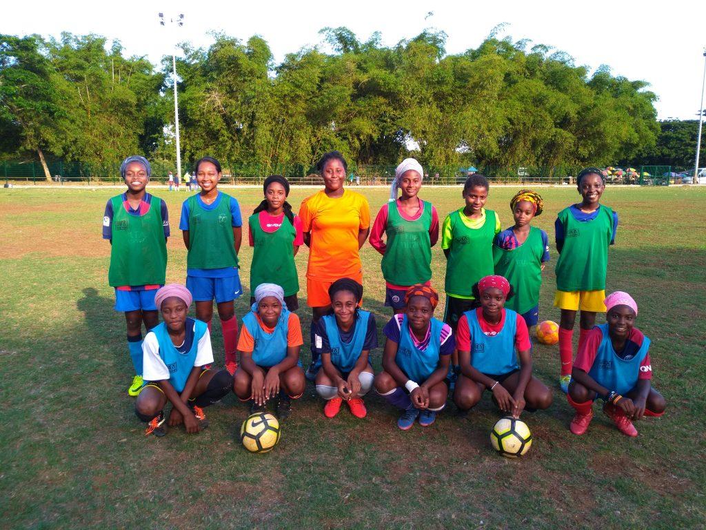Photo de groupe de la section mahoraise de football