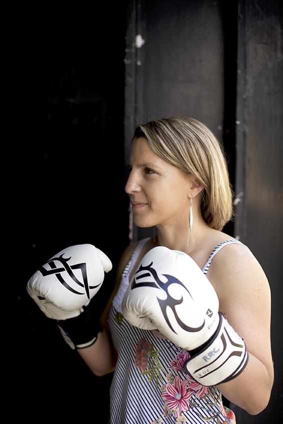 Anne-Sophie Da Costa porte ses gants de boxe